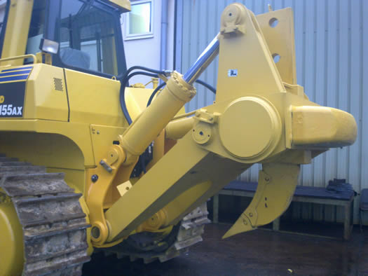 Komatsu Dx155ax dozers construction plant - rear view
