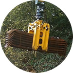 Steel sleeper grab, 1 tonne capacity, designed and certified to pick up packs of standard steel sleepers
